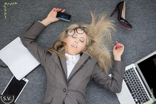 Как избавиться от стресса и переживаний без алкоголя – практические советы психологов